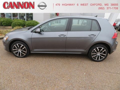 Pre-Owned 2017 Volkswagen Golf TSI FWD Hatchback